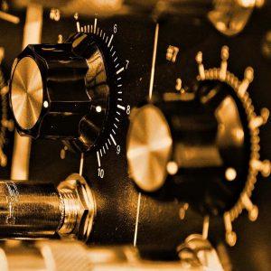 AC/DC Public Address Amplifier